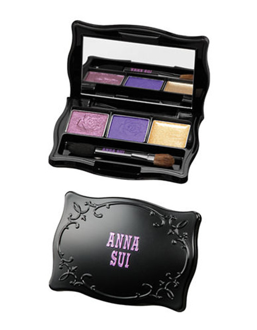 Anna Sui Eye Shadow - Anna Red