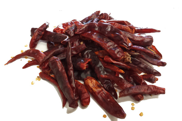 Cayenne dried chilli S4 Image by Chillies on the Web