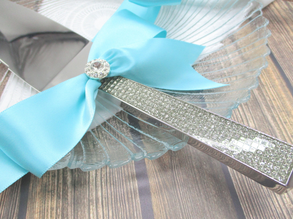 Details of the Handles on the Engraved Glitter Galore Cake Serving Set
