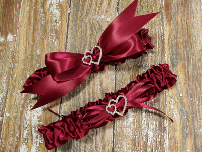 The Linked Hearts  Wedding Garter Set in Burgundy