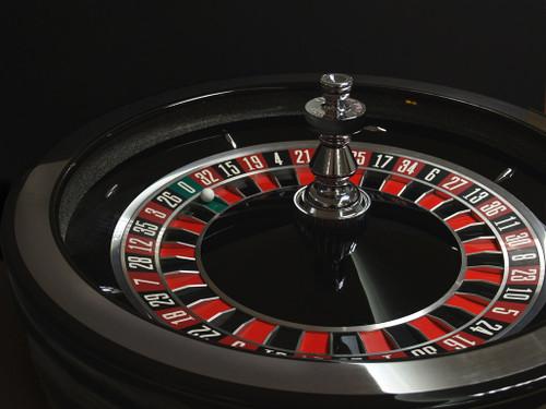 TCS JOHN HUXLEY SATURN Roulette Wheel
