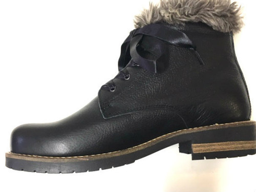 Fluffy Leather Boots - Black