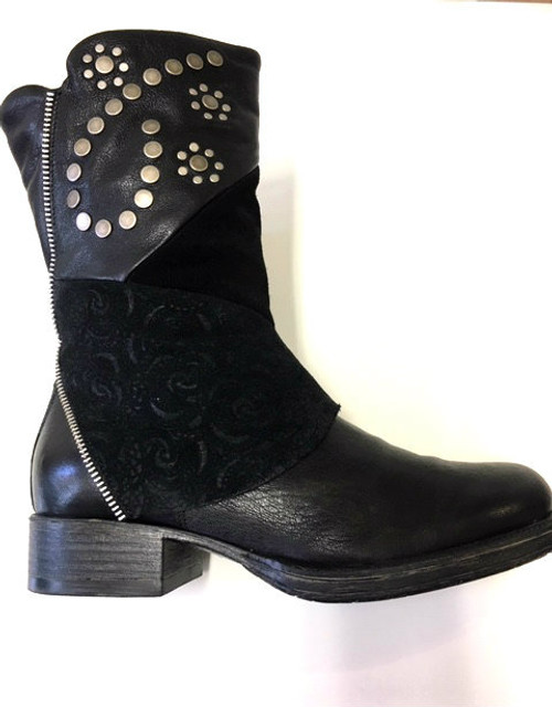 Black leather embossed Boots