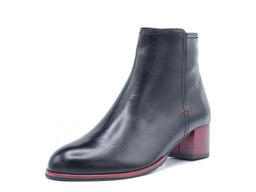 Alma Leather Boots