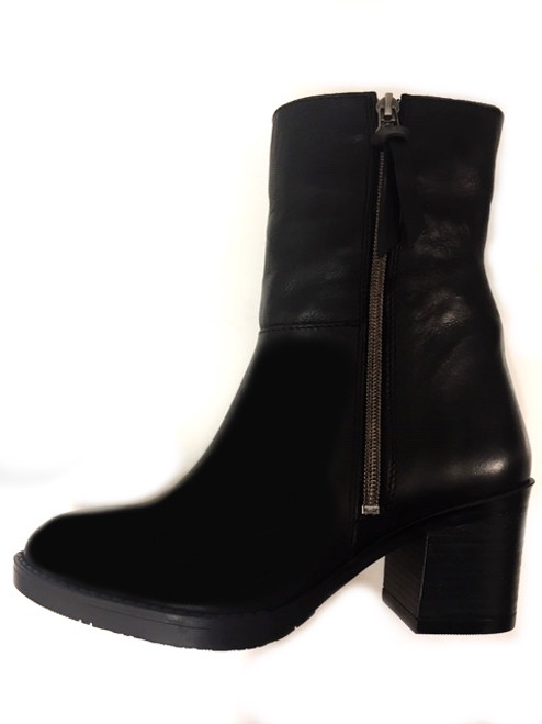 Amelie Black Leather Boots