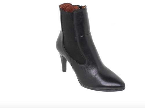 Black Stilleto Boots