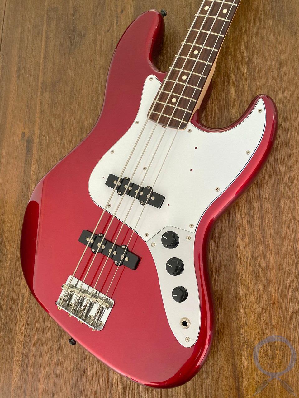 Fender Jazz Bass, Candy Apple Red, 2010