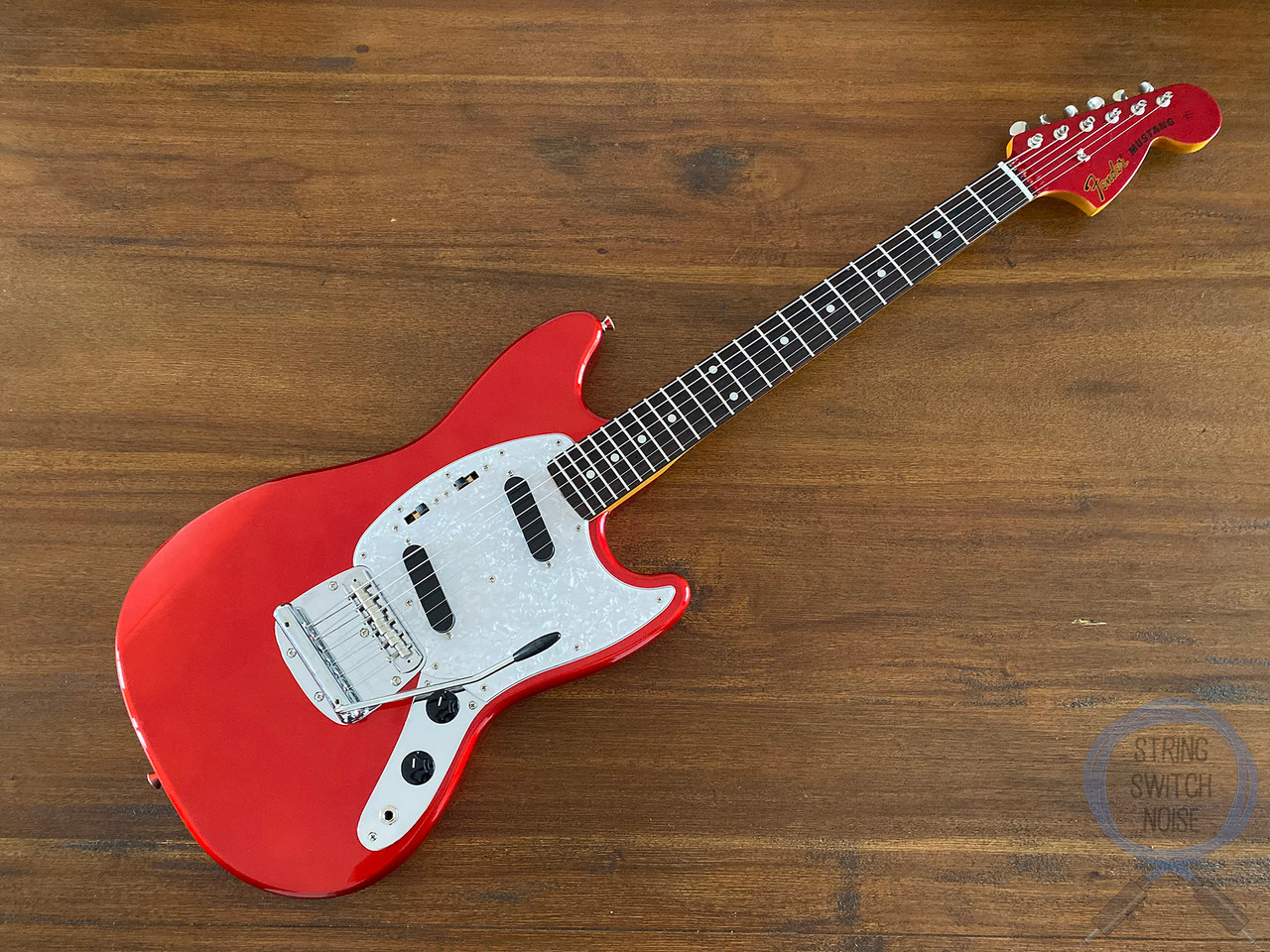 Fender Mustang, '69, Matching Headstock, Candy Apple Red, 2016