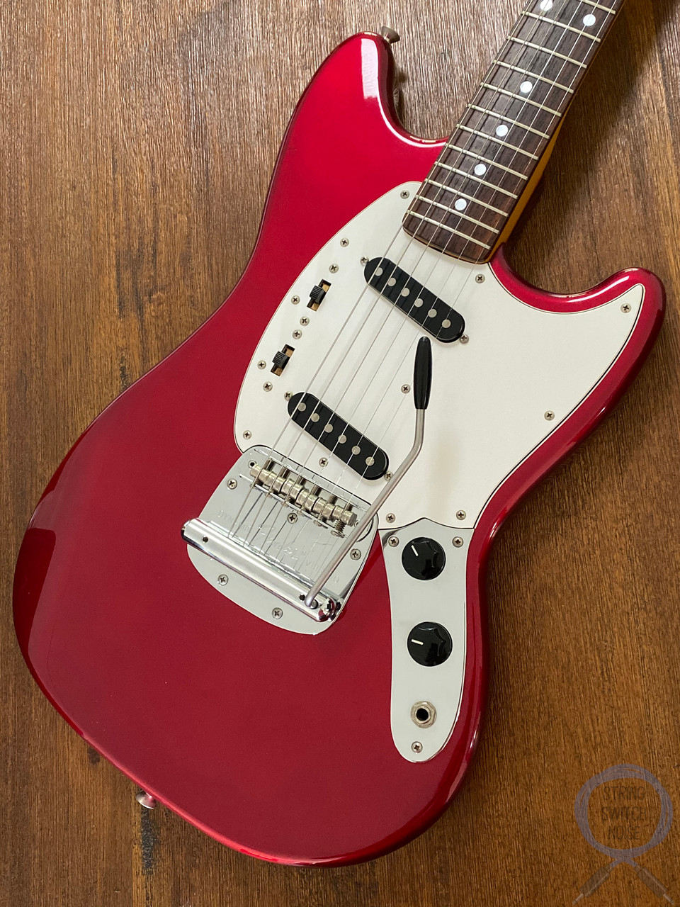Fender Mustang, '69, Matching Headstock, Candy Apple Red, 2002