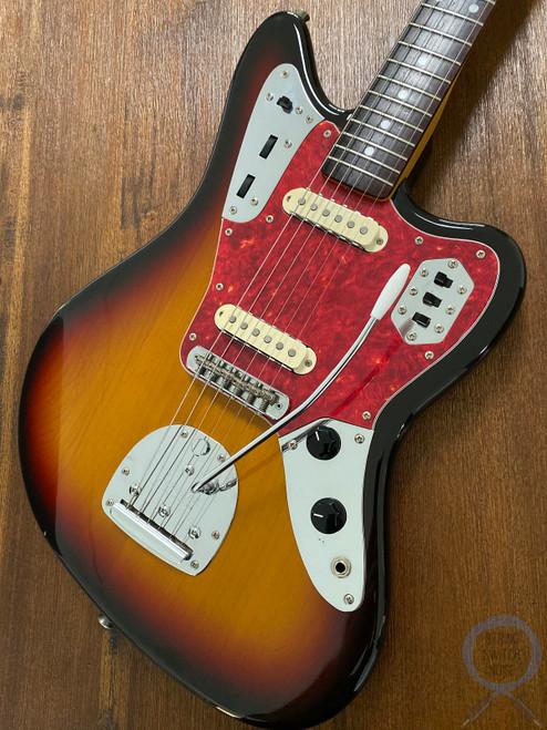Fender Jaguar, '66, 3 Tone Sunburst, 1997, Alder Body