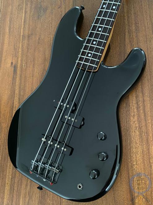Fender Jazz Bass, Special, P/J Pickups, Black, 1984 Vintage