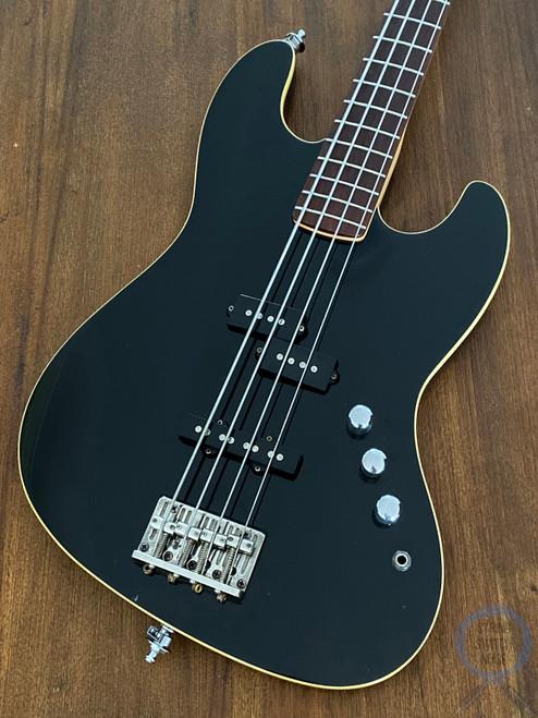 Fender Aerodyne Jazz Bass, Black, 2005, Rarer No Guard Model