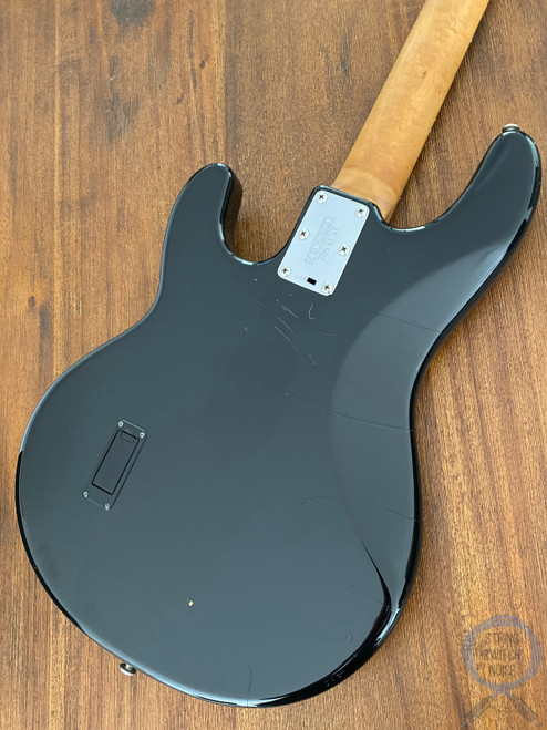 Ernie Ball Music Man, Sting Ray Bass, 1998, Rosewood, Black