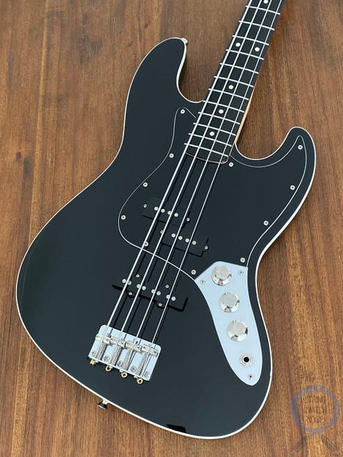 Fender Aerodyne Jazz Bass, Black on Black, 2011, Excellent Condition