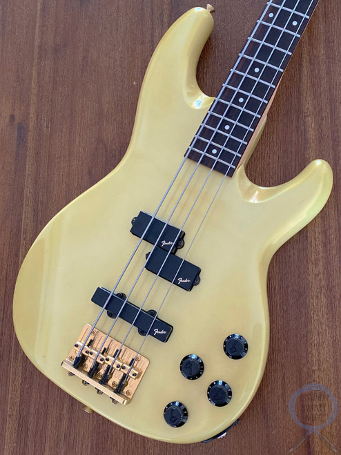 Fender Jazz Bass, Special, Active, P/J, Gold, 1988, Medium Scale, Rare Find