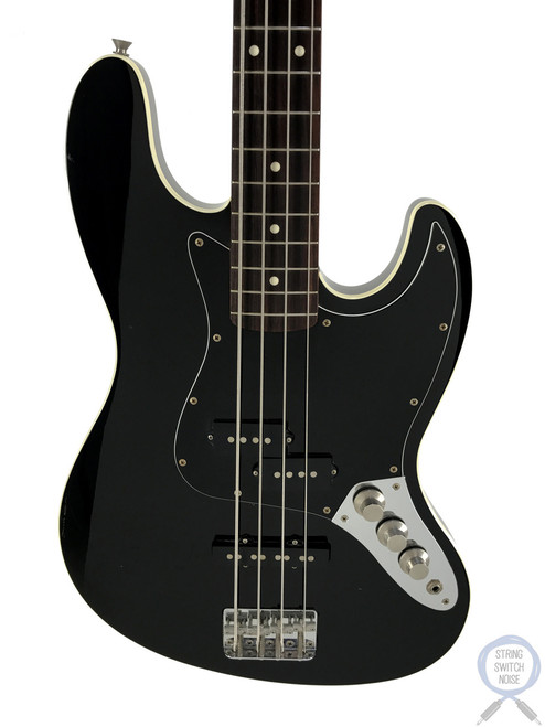 Fender Aerodyne Jazz Bass, Black on Black, 2008