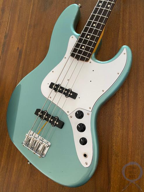 Fender Jazz Bass, '62, Ocean Turquoise Metallic, 2012