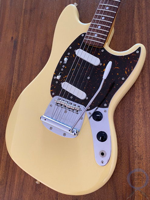 Fender Mustang, '69, Yellow White, 2012, Near Mint Condition