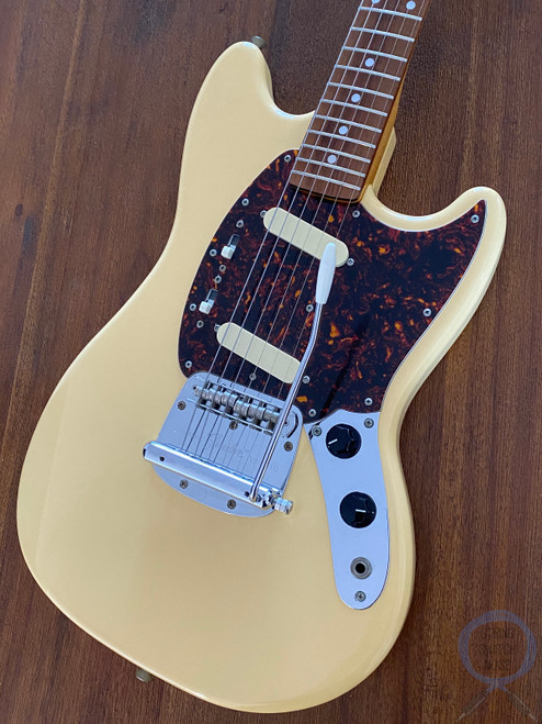 Fender Mustang, '69, Yellow White, 2004, Excellent Condition