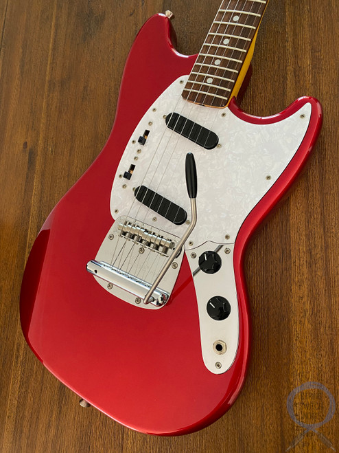 Fender Mustang, '69, Matching Headstock, 2010, Candy Apple Red