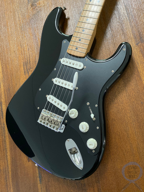 Fender Stratocaster, Black, 2002, Excellent Condition