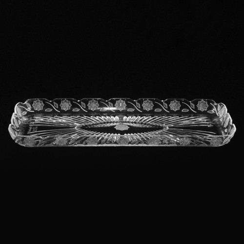 "13"" x 6"" Rectangle Plastic Crystal Cut Tray"