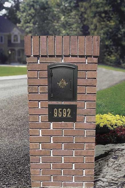 Column Locking Mailbox