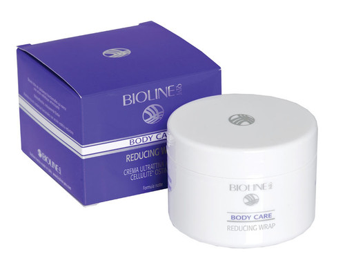 Bioline Reducing Wrap Nighttime pack made with Sea Salts and Centella Stem Cells for a powerful draining action that fights water retention and imperfections caused by cellulite