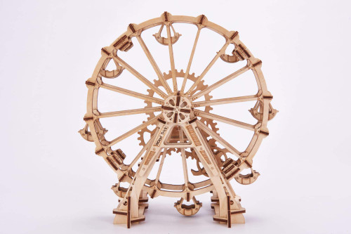 Eco-Friendly & Educational Natural Wooden Observation Wheel