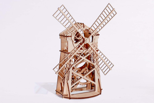 Simple & Elegant Wooden Display Piece Of Spinning Mill