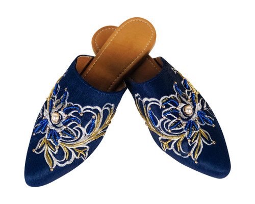 Mules Silvia Cobos Embroidered Blue- Be Comfy
