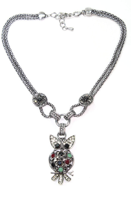 Gorgeous Sliver Tone Dazzling Perched Owl Necklace
