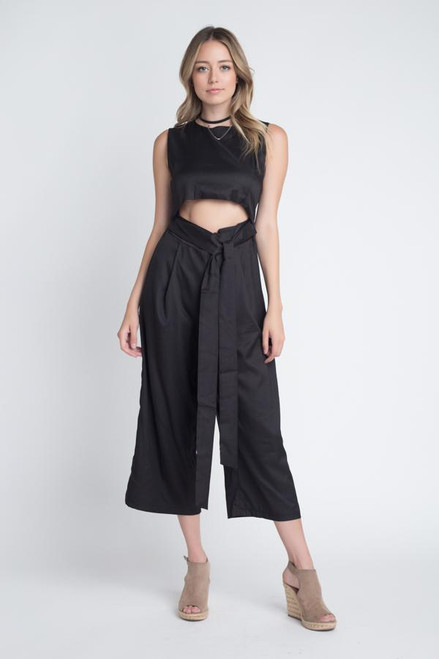 Imported Women's Sleeveless Tie Jumpsuit with Slit