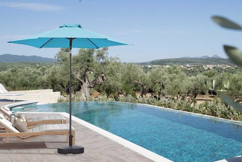 7' Aqua Outdoor Umbrella. 372307