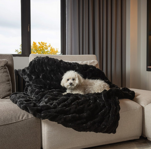 Chunky Sectioned Black Faux Fur Throw Blanket. 386753