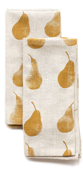 Set of Four Yellow Pear Pattern Placemats and Four Matching Napkins. 389010