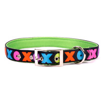 Hugs and Kisses Uptown Dog Collar