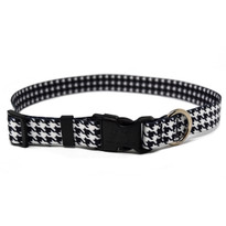 Houndstooth White and Black Break Away Cat Collar