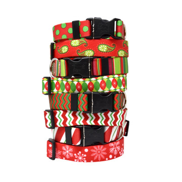 Red & Green Geometric Christmas Prints - Personalized Dog Collar