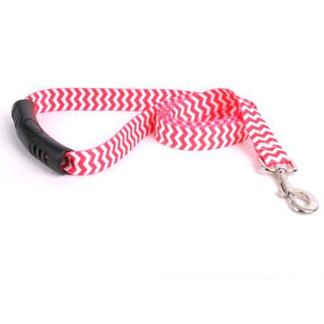 Chevron - Strawberry EZ-Grip Dog Leash