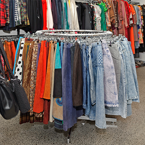clothes-racks-photogallery16.png