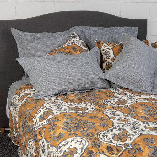 Sophia Bedspread by Linens and More