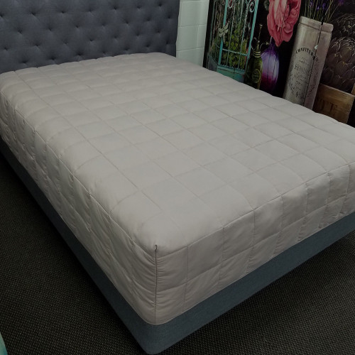 Mocha Microfibre Boxed End Quilt by Drylife
