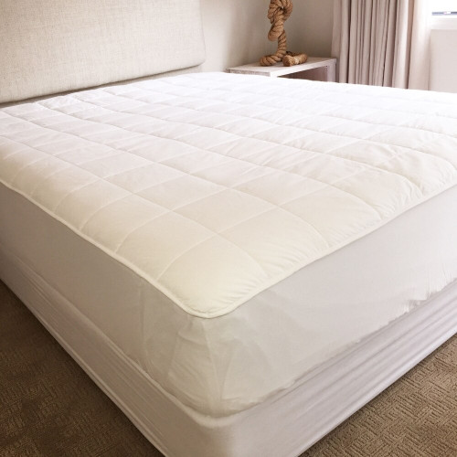 Deluxe Mattress Topper by DryLife(R)