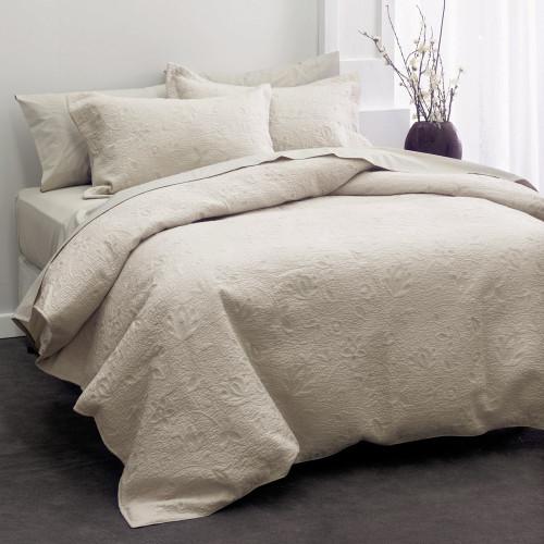 Chantel Moonbeam Throwover Bedspread Set by Savona