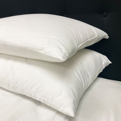 Commercial 500gm Microfibre Standard Pillow