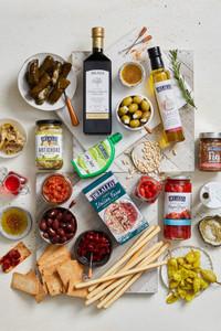 Deluxe Mediterranean Food Gift Basket