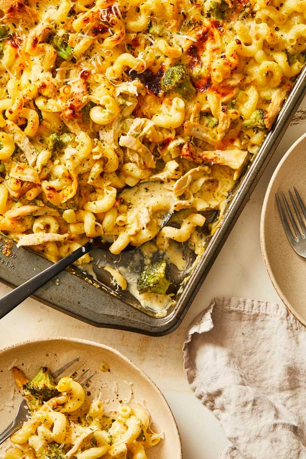 Sheet Pan Broccoli, Cheese and Chicken Pasta
