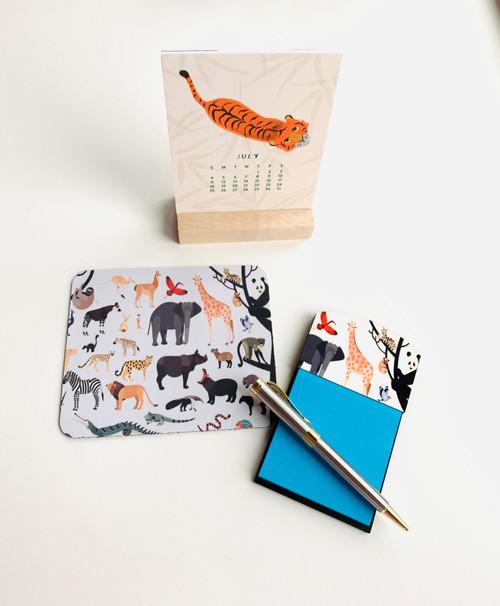 Animal Lovers Mini Desk Set