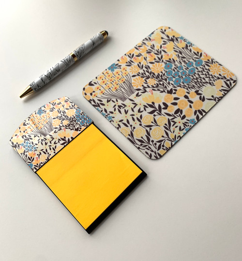 Lovely Yellow Meadows Sticky Note Holder